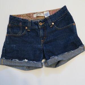 Levis 504 slouch blue jean shorts Sz: 5